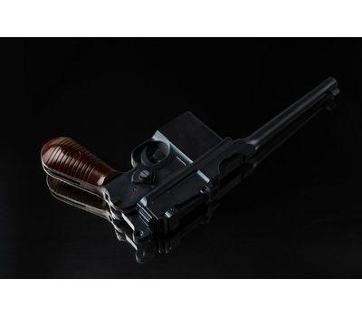 Пистолет Mauser C96 шоколадный в наборе